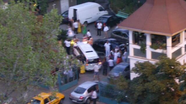 13Gata cu hora miresei printre blocurile gri! Basescu a decis