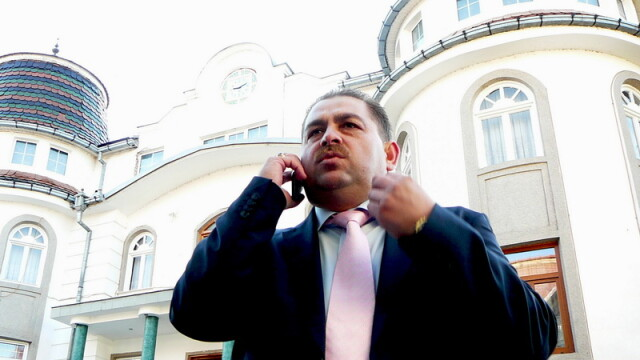 El este Ninel Potarca, aspirant la prima functie in stat! Tu l-ai vota? - Imaginea 2