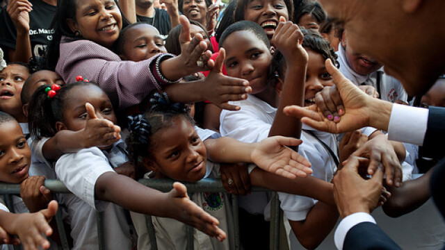 Familia Obama, la primul album foto publicat pe internet! GALERIE FOTO - Imaginea 7