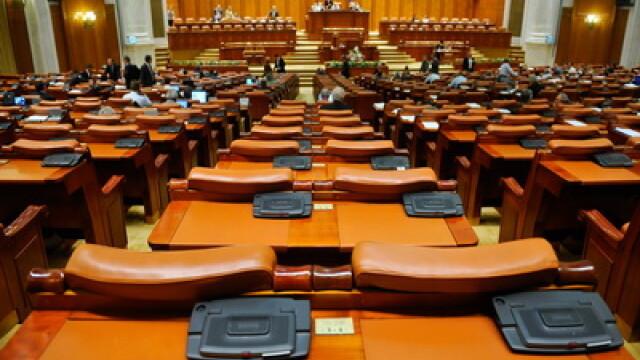Razboiul opozitiei cu Anastase: deputatii PSD si PNL au plecat din sala