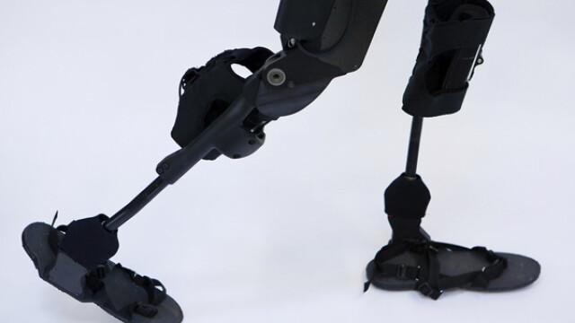 eLEGS, Exoscheletul bionic