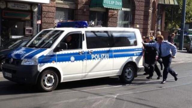 Politia in actiune. De cati ofiteri este nevoie pentru a pune o masina in miscare, in Germania