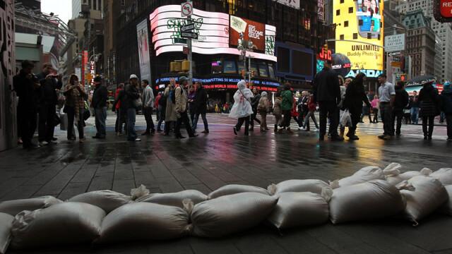 Uraganul Sandy: 40 de victime in New York. Autoritati: orasul ar putea fi INVADAT de sobolani - Imaginea 9