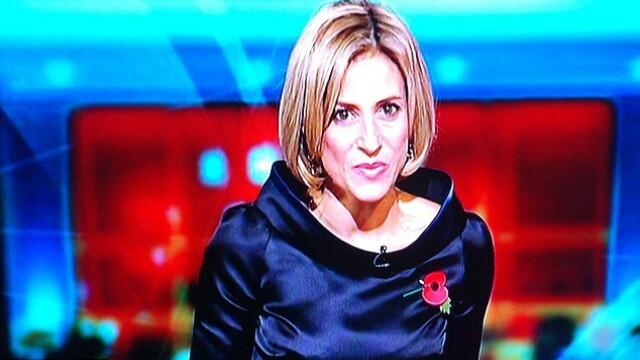 O prezentatoare de la BBC a ajuns tinta glumelor pe net. Cum a aparut imbracata la TV - Imaginea 3