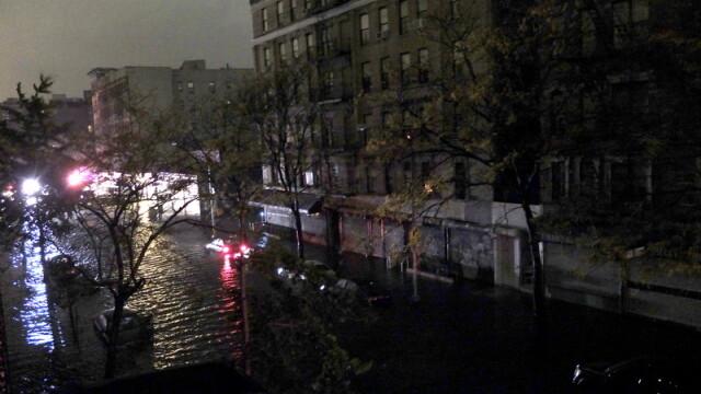 Uraganul Sandy: 40 de victime in New York. Autoritati: orasul ar putea fi INVADAT de sobolani - Imaginea 38