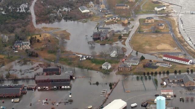 Uraganul Sandy: 40 de victime in New York. Autoritati: orasul ar putea fi INVADAT de sobolani - Imaginea 52