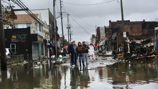 Uraganul Sandy: 40 de victime in New York. Autoritati: orasul ar putea fi INVADAT de sobolani - Imaginea 50