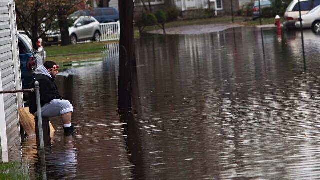 Uraganul Sandy: 40 de victime in New York. Autoritati: orasul ar putea fi INVADAT de sobolani - Imaginea 42