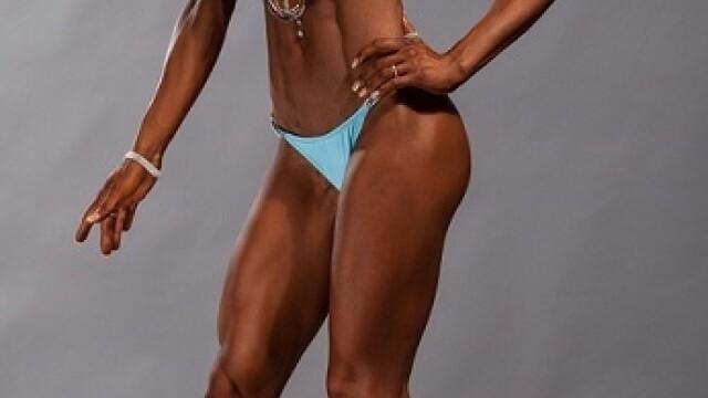 O tanara din Timisoara, campioana la culturism, vrea sa devina Miss world bikini fitness. FOTO - Imaginea 1