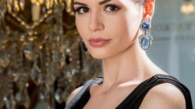 Monica Gabor