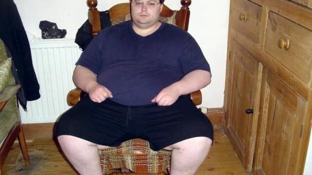 Dintr-un obez cu stari suicidale s-a transformat in barbatul fatal dorit de toate femeile. FOTO - Imaginea 1