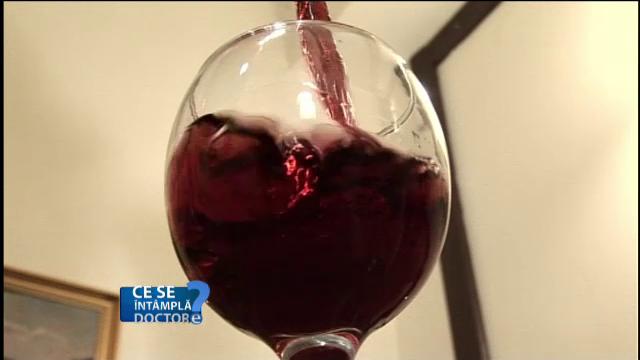 Cat de periculos este alcoolul pentru sanatatea noastra, chiar si daca e consumat in cantitati mici, dar repetate