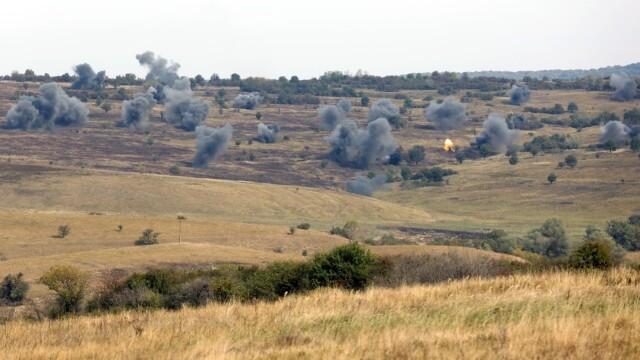 """Soldatii romani au respins un """"ATAC"""" impreuna cu puscasii marini. GALERIE FOTO: cum ne apara aliatii nostri din NATO - Imaginea 7"""