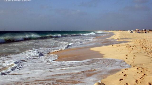 Razboiul pentru plaje intre bogati si saraci. O tara si-a marit suprafata cu UN SFERT folosind nisip furat