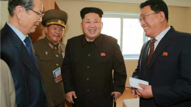 Kim Jong-un a aparut! Dupa 41 de zile de absenta, liderul nord-coreean a inspectat un complex rezidential la Phenian