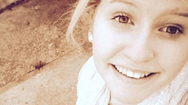 O adolescenta de 16 ani a murit de inima in timp ce vizita o casa bantuita.