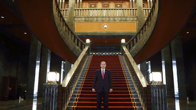 Turcia are unul dintre cele mai impunatoare palate prezidentiale din lume. A costat aproape 350 de milioane de dolari. FOTO - Imaginea 2