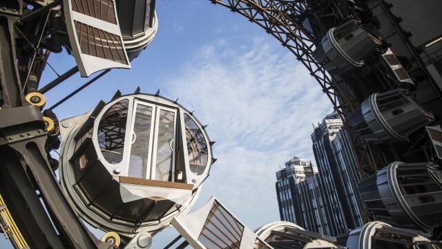FOTO. Cazinoul de 3,2 miliarde USD inaugurat in China. DeNiro, DiCaprio si Brad Pitt il promoveaza intr-un film de 15 minute - Imaginea 1