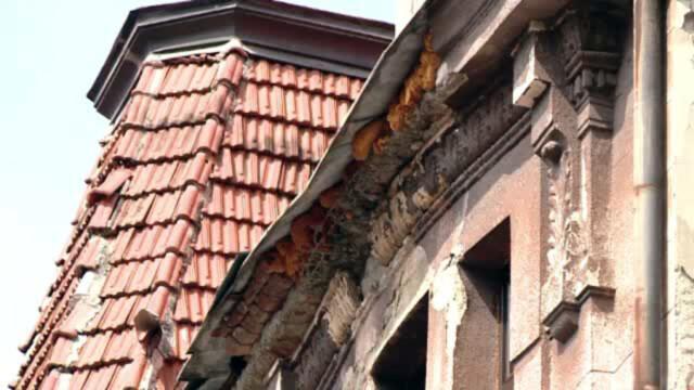 Proprietarii cladirilor vechi, obligati sa le renoveze. Cum trebuie sa ii ajute primariile