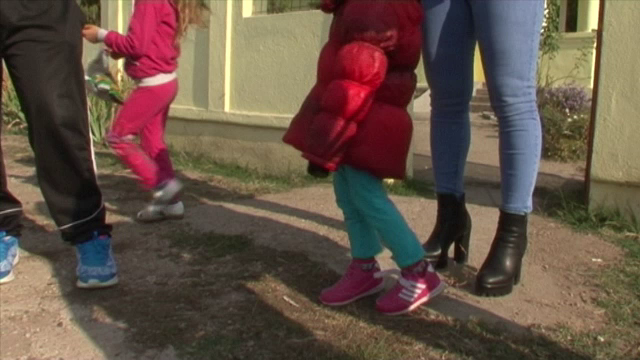 Ancheta la o gradinita din Dolj, dupa ce parintii unei fetite sustin ca a fost lovita de educatoare. Cum se apara femeia