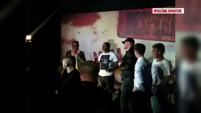 Mike Tyson, la o petrecere intr-un club din Bucuresti. \