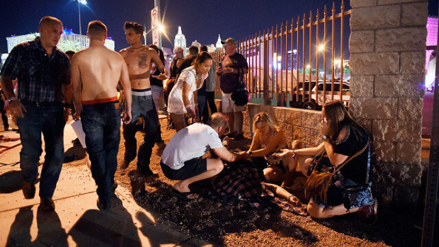 Masacrul din Las Vegas. Cele mai impresionante imagini. GALERIE FOTO - Imaginea 15