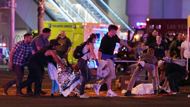 Masacrul din Las Vegas. Cele mai impresionante imagini. GALERIE FOTO - Imaginea 10