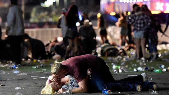 Masacrul din Las Vegas. Cele mai impresionante imagini. GALERIE FOTO - Imaginea 7