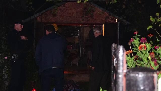 Au coborât în beci să verifice damingenele cu vin, iar vecinii au dat alarma. Un bărbat a murit intoxicat