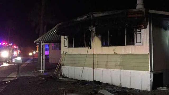 Un american şi-a ars complet casa încercând să scape de păianjeni