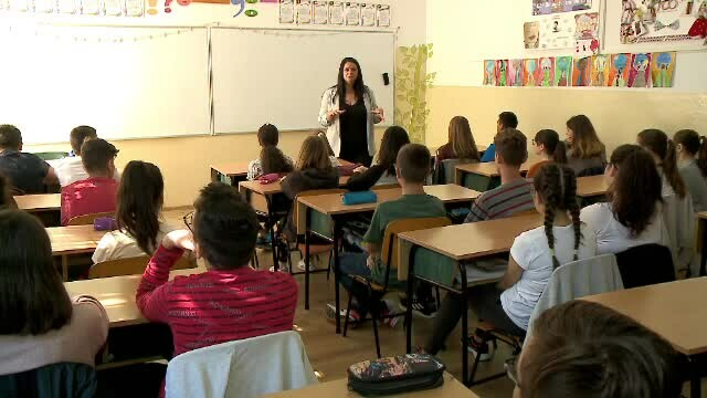 Tăiere drastică a orelor de școală. Cum se va modifica programul elevilor