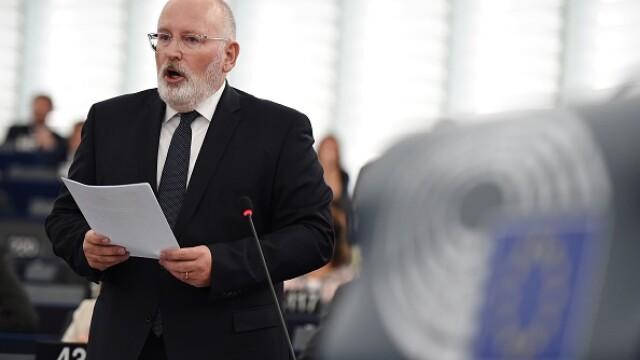 """România, avertizată de Comisia Europeană: """"Să ajungă urgent la un proces de reformă corect"""""""