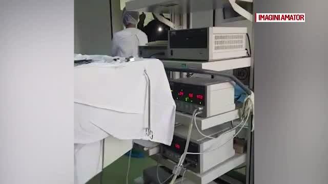 Scandal în sala de operație. Ce a făcut un medic în timp ce avea pacient pe masa de operație