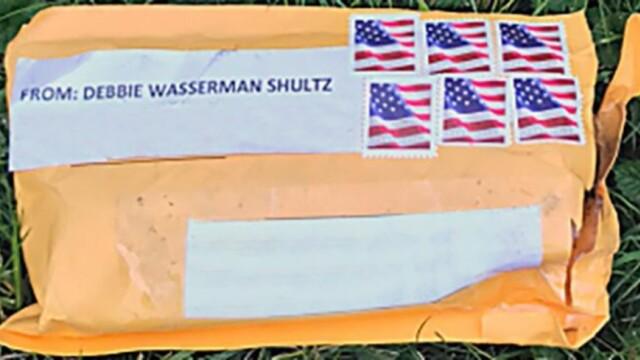 Alertă în SUA: bombe trimise către Clinton, Obama și la CNN. Pachetele analizate de FBI