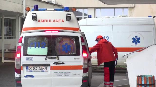 Trei copile au ajuns la spital după ce au fost spălate pe cap cu o substanţă misterioasă