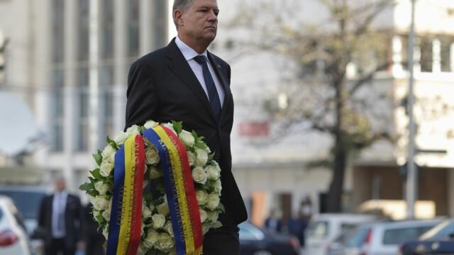 Klaus Iohannis a depus o coroană de flori în memoria victimelor de la Colectiv
