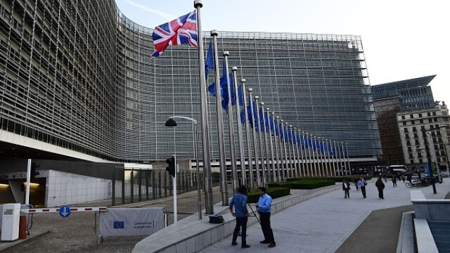 """Comisia Europeană: """"Noul coronavirus, amenințare de nivel mediu pentru lucrători"""""""