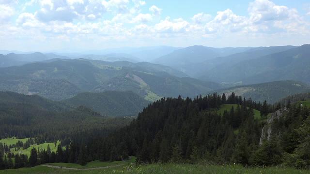 Zona din România care atrage turiștii ca un magnet. Reacția unei femei venită din Franța - Imaginea 3