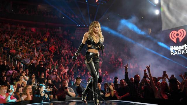 Miley Cyrus s-a despărțit de femeia pentru care divorțase. Mesajul postat pe Instagram - Imaginea 7