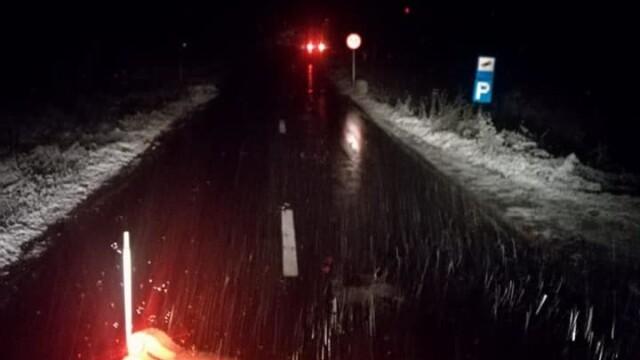 Iarnă în toată regula în Harghita. Drumarii au început deszăpezirea pe mai multe drumuri - Imaginea 2