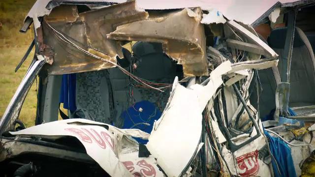 Prima ipoteză în cazul accidentului cu 10 morţi. Ce l-ar fi distras pe şoferul de TIR