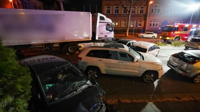 Posibil atac terorist în Germania. A furat un camion și a intrat cu el în mulțime - Imaginea 2