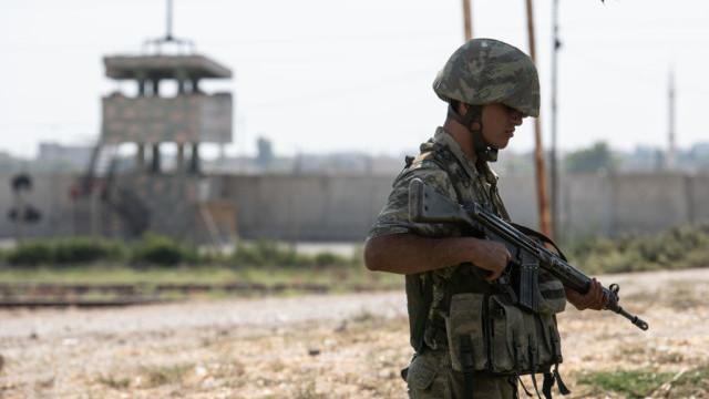 """LIVE TEXT. Turcia a început Operațiunea """"Izvorul Păcii"""" în Siria: cel puțin 8 morți. Amenințarea lui Trump - Imaginea 9"""