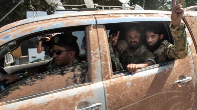 """LIVE TEXT. Turcia a început Operațiunea """"Izvorul Păcii"""" în Siria: cel puțin 8 morți. Amenințarea lui Trump - Imaginea 6"""
