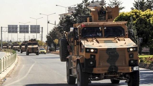 """LIVE TEXT. Turcia a început Operațiunea """"Izvorul Păcii"""" în Siria: cel puțin 8 morți. Amenințarea lui Trump - Imaginea 13"""