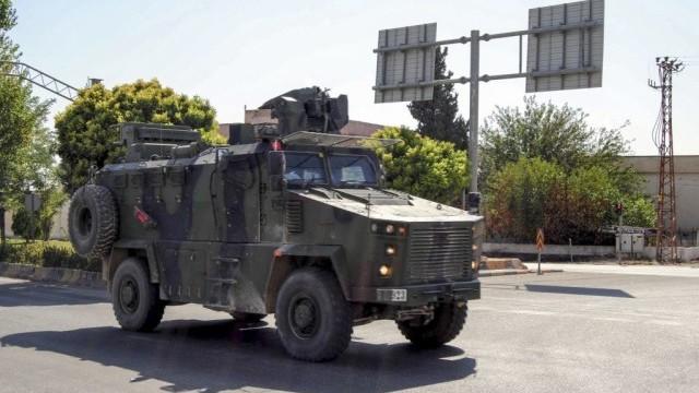 """LIVE TEXT. Turcia a început Operațiunea """"Izvorul Păcii"""" în Siria: cel puțin 8 morți. Amenințarea lui Trump - Imaginea 21"""