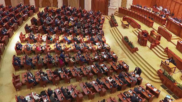 Culisele votului moțiunii de cenzură. Mutarea decisivă și pesedistul acuzat de colegi că a trădat