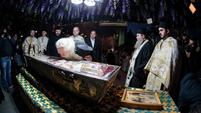 Sfânta Parascheva, cel mai mare pelerinaj din ţară. De ce este \