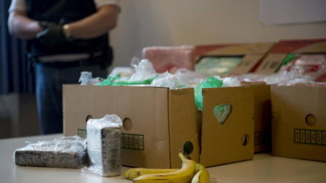 Cinci bărbați au introdus cocaină în țară în lăzi de banane. Cum au fost prinși - Imaginea 6