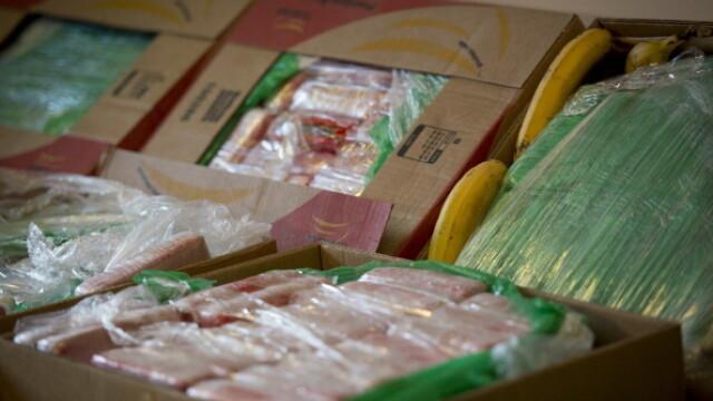 Cinci bărbați au introdus cocaină în țară în lăzi de banane. Cum au fost prinși - Imaginea 1